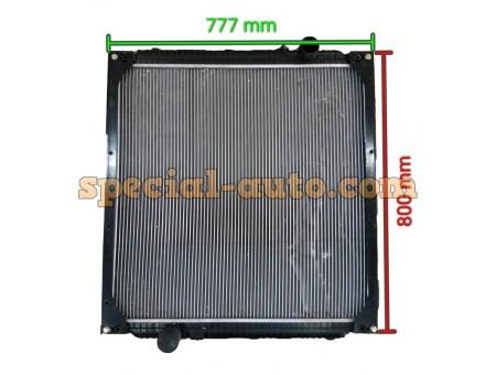 Радиатор охлаждения алюминиевый бачки пластмас PA66-GF30 HOWO двиг:WD615